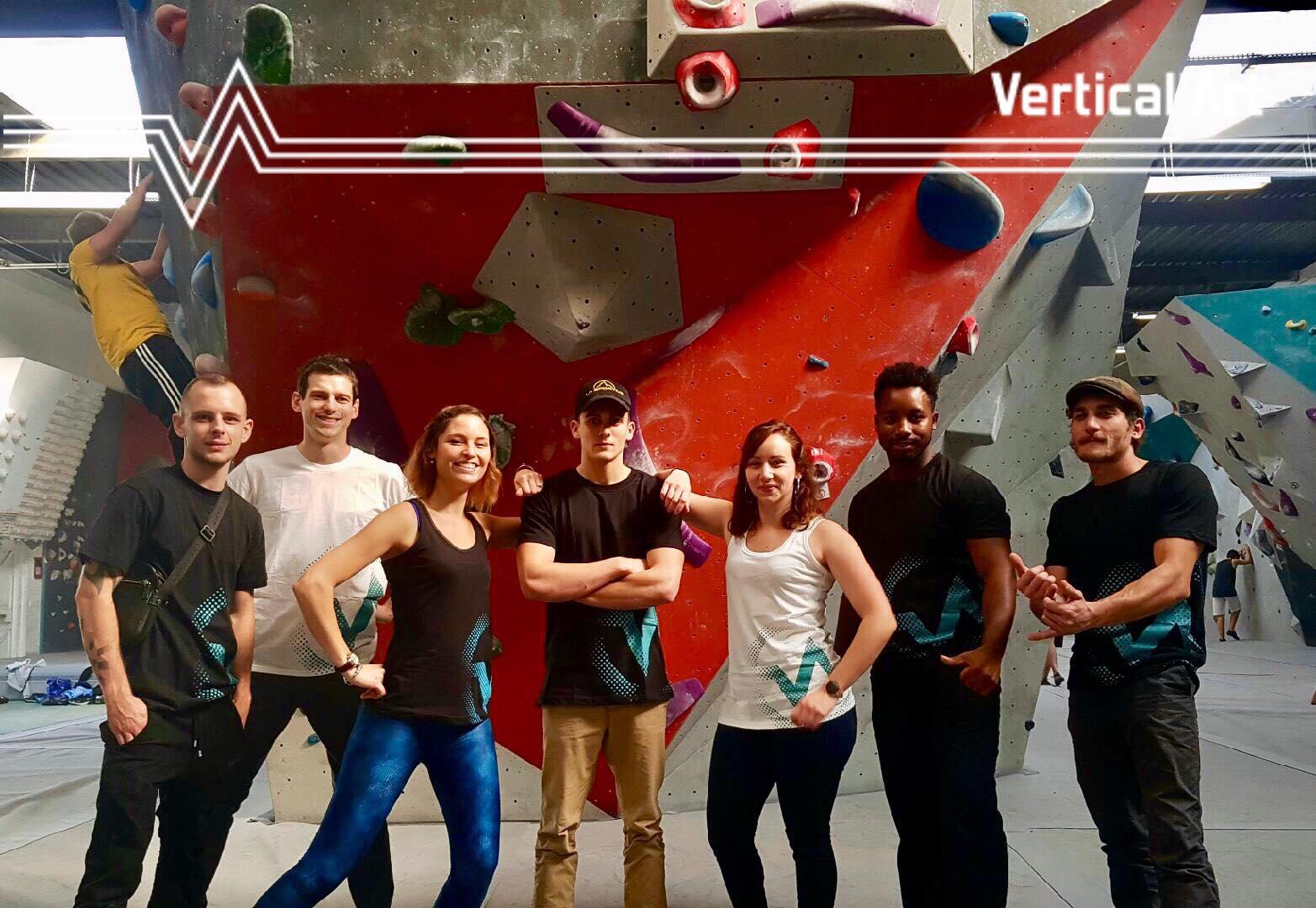 nouveaux t-shirt Vertical'Art - Lyon - salle d'escalade restaurant et bar